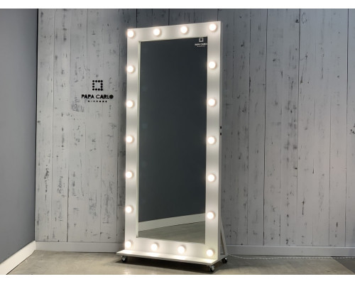 Гримерное зеркало в полный рост на подставке с колесиками